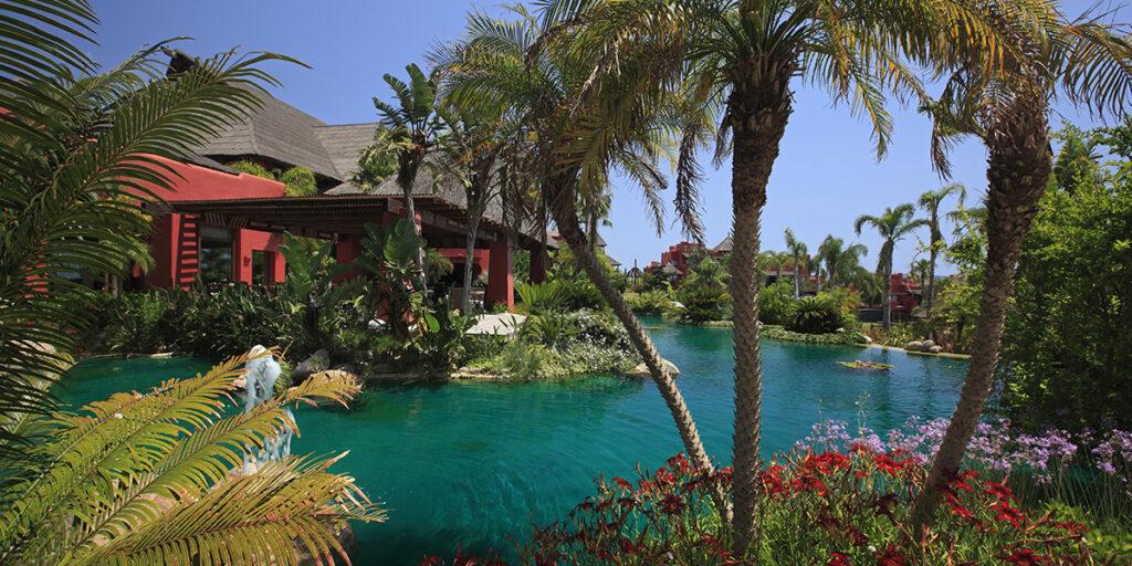 Asia Gardens Hotel & Spa